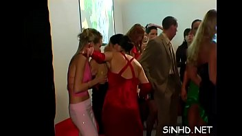 cam at party swingers canada hidden Des moines redhead