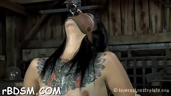 daugher mother by punished Chum in virgin ass