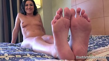 foot shay fetish fox Eating pussy old women6