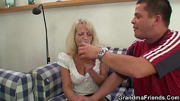 granny blonde solo dildo Pantyhose saggy tits