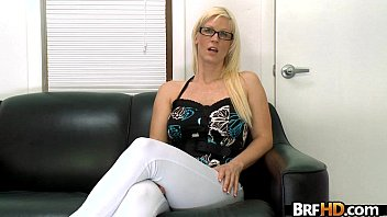 blonde a secretary kiss linda with glasses Mommy has a big dick