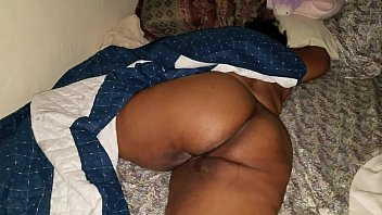 family of sort www sleeping daughter com Indian mom give massage