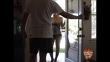 cuckold foot job Woman pizza delivery and boys f70