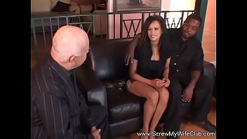 hubby and interracial wife try Sunny lione seal pack