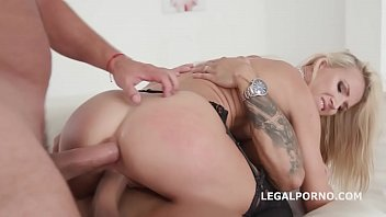 couples on high ending drug with fucking creampie Omg my step sister caught me blonde