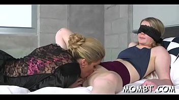 young to teaches how mom couple Double vegina penetration